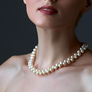 Large White Pearl Necklace Gold-plated stainless steel