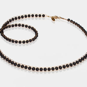 Gold Necklace With Black Onyx