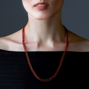 Jeweled Necklace With Red Swarovski Crystals Gold-plated stainless steel