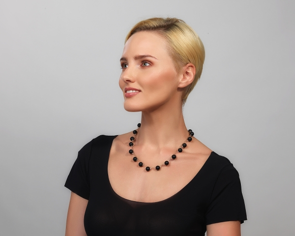 Gold Necklace With Black Onyx and Swarovski Crystals Gold-plated stainless steel