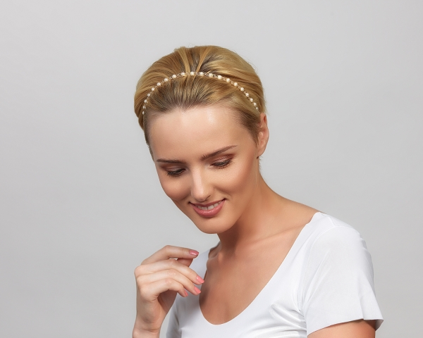 Gold Headband With White Pearls & Swarovski Crystals Gold-plated stainless steel